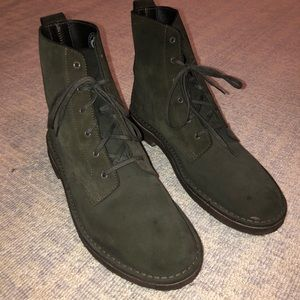 Clarks suede boots